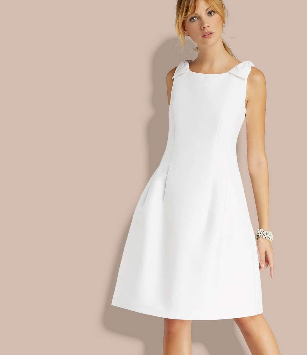 Abendkleid mit Zierschleifen  APART Fashion