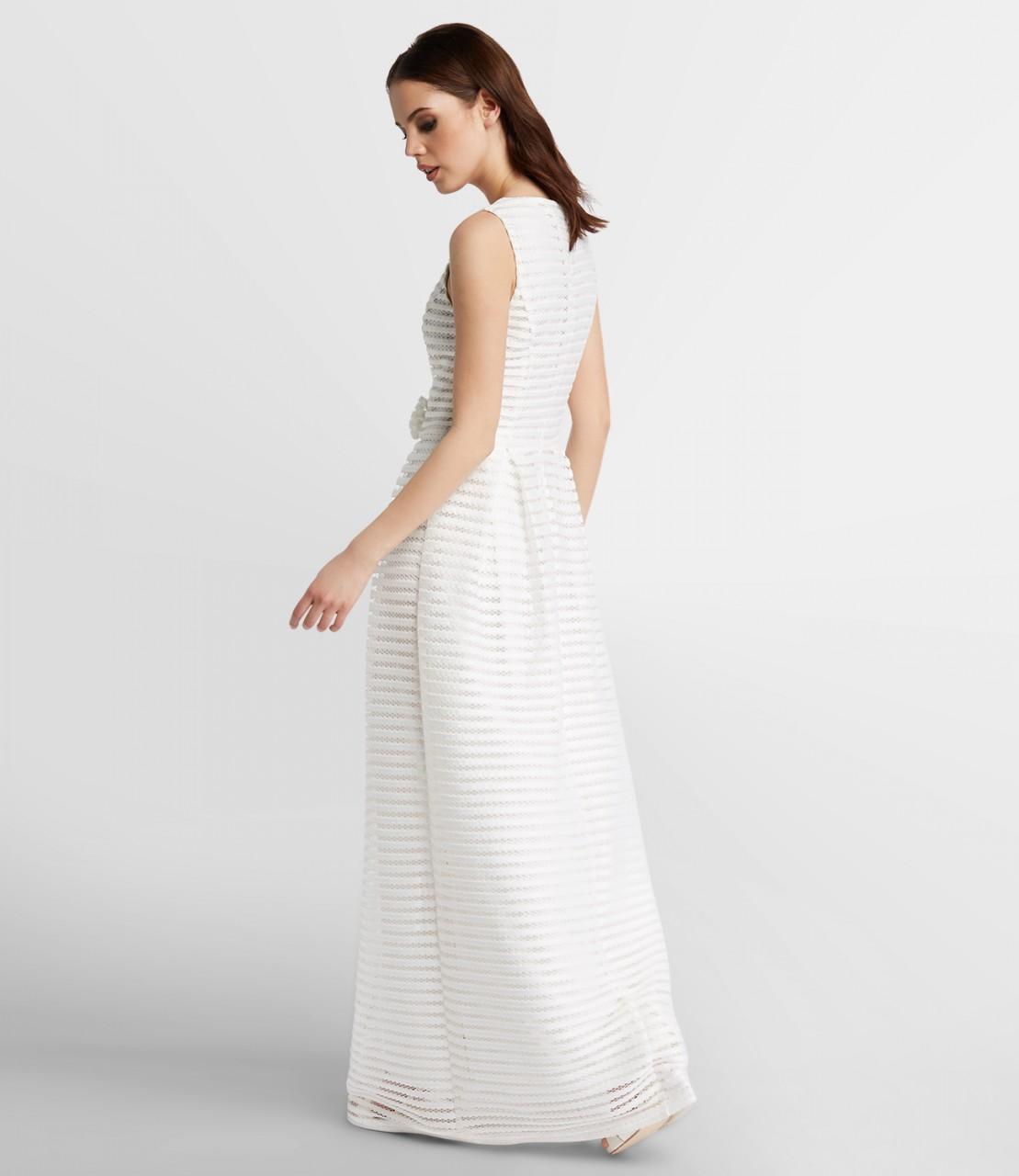 Visuell gestreiftes Hochzeitskleid